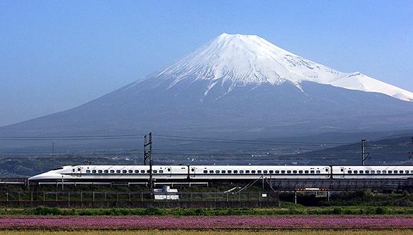 世界最快列车日本开跑 中日高铁要好好比一比了
