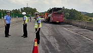 湖南宜章大巴起火已致35人遇难 公安部派工作组赴湘