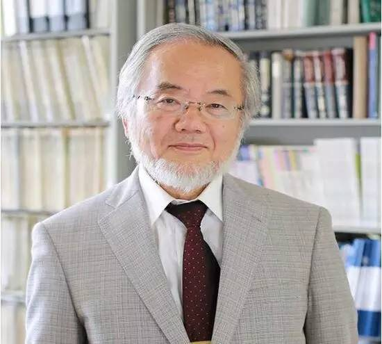 【JMedia】诺贝尔奖得主:东亚教育浪费了太多生命 界面新闻 · JMedia