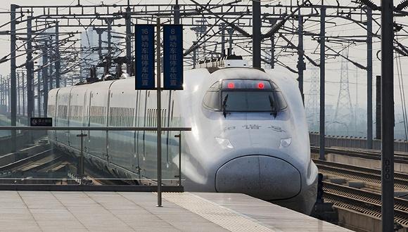 这样整个陇海线,兰新线,将实现骨干高铁网正式运营,剩下还在建设的