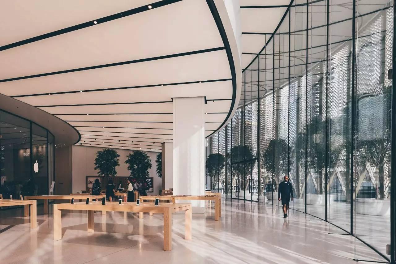 苹果旗舰店_iPhone 十周年,台湾第一家 Apple Store 昨天开幕,顺便再看看世界上 ...