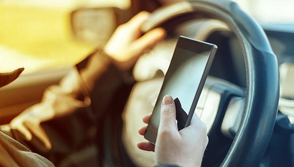 网约车危险不断:Uber、Lyft 100多名司机涉嫌性侵犯