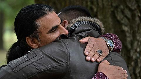 面对新西兰恐袭枪手,这位前阿富汗难平易近做出了一系列惊人举措