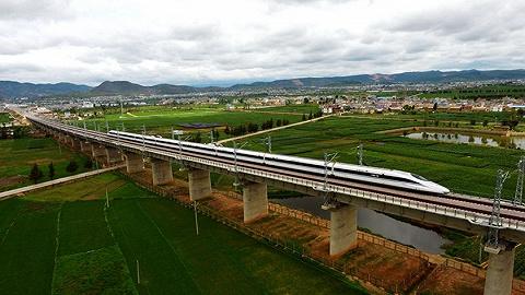 丽江至香格里拉明年年底通动车