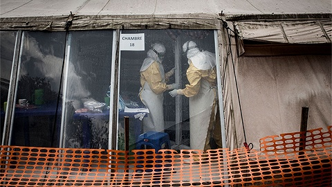 武装暴力助长病毒肆?#22467;?#21018;果(金)埃博拉疫情已致690人死亡