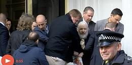 厄瓜多尔放弃庇护,维基解密创始人阿桑奇在伦敦被捕