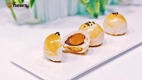 ?#32844;?#25163;教你制作酥脆可口的原味蛋黄酥