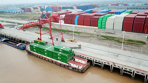 """连平:不必对中国出口太过于担心,""""东方不亮西方亮"""""""