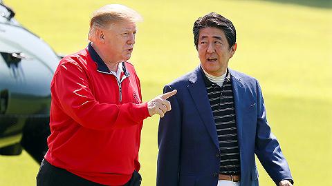"""日美首脑第五次""""高尔夫社交?#20445;?#29305;朗普安倍貌合神离?"""