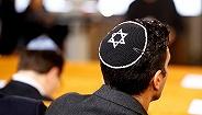 在猶太人問題上,德國社會的表現依然不從容