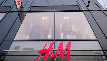 速看 | H&M第二季度增速减缓,库存过量利润缩水