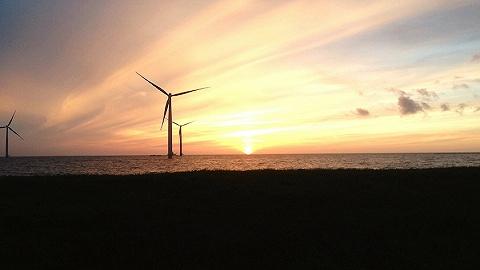 最低0.65元/度,中国第一个海上风电竞价项目投标价出乎意料