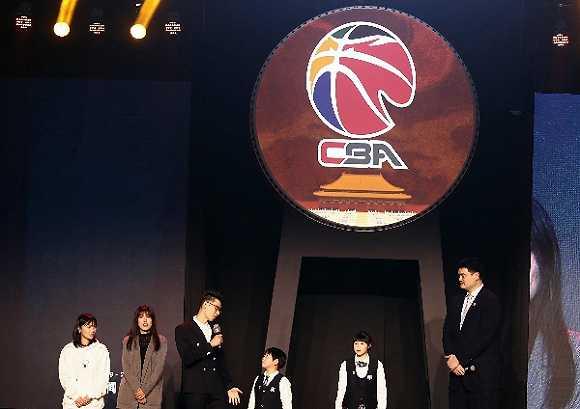 CBA新赛季倒计时:试行职业裁判