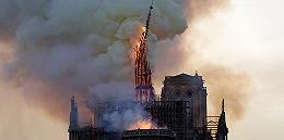 圣母院重建负责人坚持现代风格让建筑师闭嘴,民意主张恢复原样
