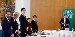 孙杨公开庭审最终陈述,直言438天给他和团队带来巨大伤害