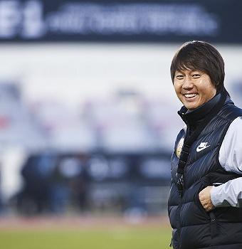 辞旧迎新,中国男足的新篇章又从东亚杯开始