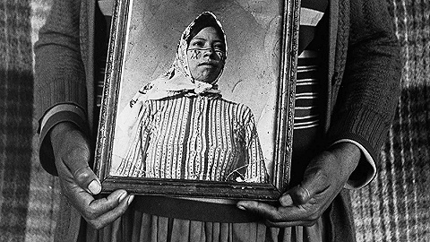 一周影像資訊丨AI創造人類面孔,影像重塑女性視角,攝影拿什么告別2019?