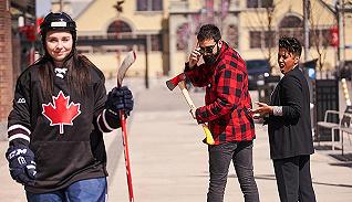 一周影像资讯 | 日本纪实摄影师奈良原一高逝世,看官方图片库如何调侃加拿大刻板印象?