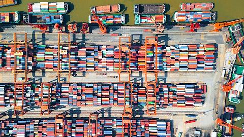 智利樱桃遭双面夹击:大批货堆积在港口,零售价跌至地板价