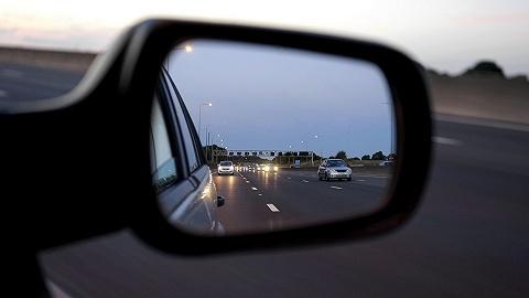 驾车通勤出行热度已恢复至95.8%,一线城市早高峰拥堵明显