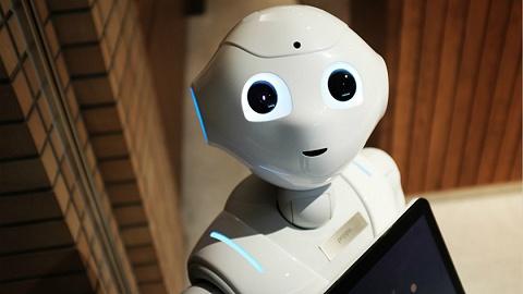 服务机器人成资本围猎风口,近10家公司密集被投资