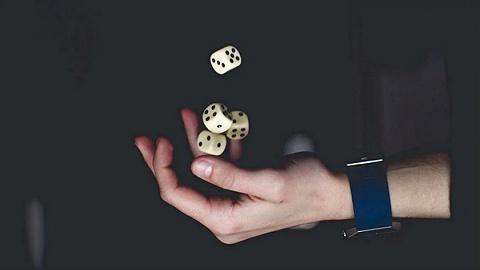 被网赌毁掉的年轻人:本想兼职赚钱,结果倾家荡产