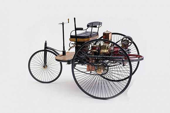 世界上第一辆机械增压发动机跑车,奔驰500k-1936