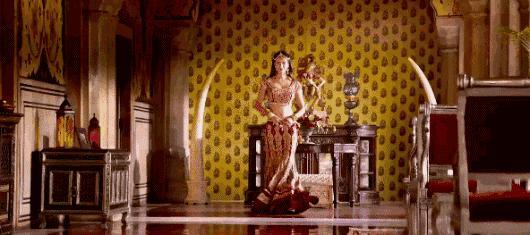 看完功夫瑜伽的公主,好奇周冬雨的颜值在印度