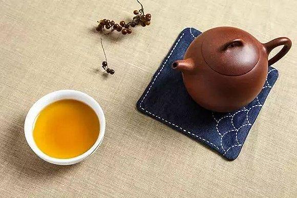 余热未散宜喝清茶