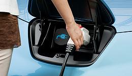 """""""比亚迪""""还是""""特斯拉""""? 争夺新能源汽车电池材料标准"""