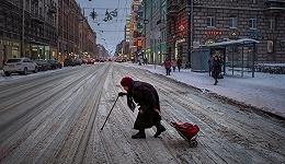 圣彼得堡:一座孤独的童话