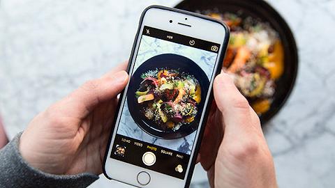 Facebook团队正在开发把食物照片转化成食谱的AI技术