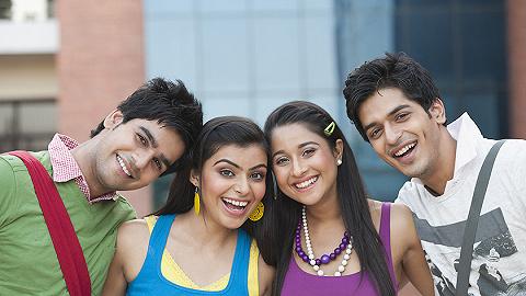中国留学生潮减退 澳报:澳大利亚高校应瞄准印度学生