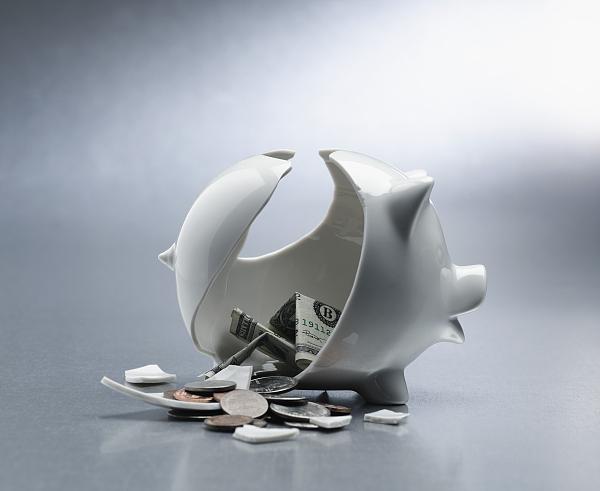 """余额宝收益走低投资者转向银行理财?低净值客群仍有""""保本""""情结"""