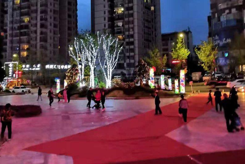 """壮哉40年丨从蜗居到住大房 赵莲凤的""""中国住房家史"""""""