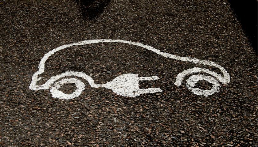 报告称经济衰退和人口老龄化将席卷全球汽车市场,中国车企该怎么办?
