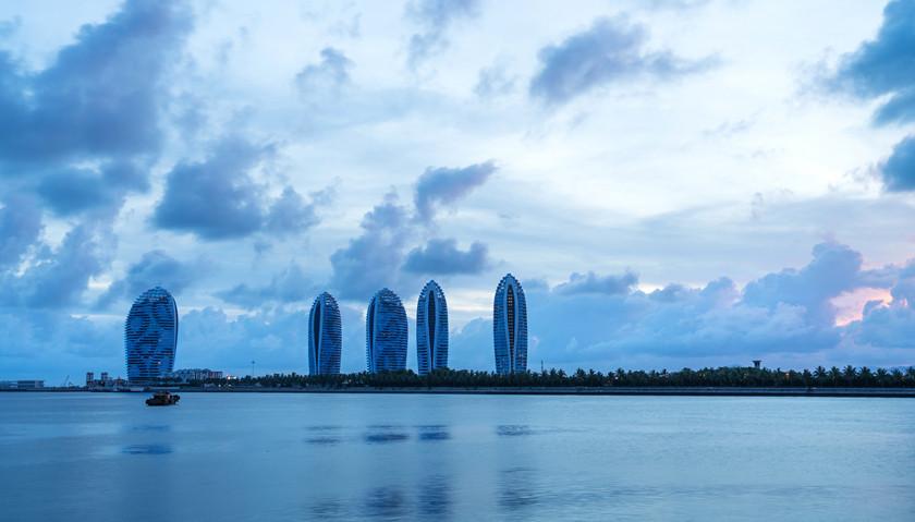 《海南省建设国际旅游消费中心的实施方案》:鼓励赛马运动,探索彩票业发展