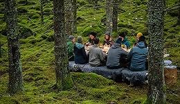 美味机密 | 瑞典在全境放了 7 张小桌子,把整个国家变成了全球最大的米其林餐厅