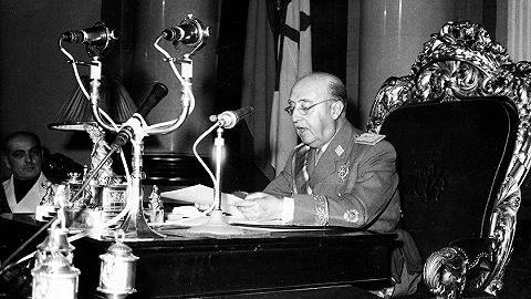 盖棺无定论、改葬惹争议:佛朗哥的政治遗产仍在割裂西班牙社会