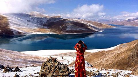 新华社评论员:让雪域格桑花更加烂漫——写在西藏民主改革60周年之际