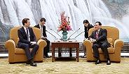 ?#20998;?#26368;年轻总理到访上海,李强会见,聚焦这些?#29486;?#39046;域