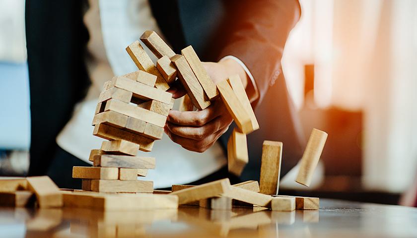 金诚控股董事会陷入瘫痪,短线资金猛撬重资产或为危机根源