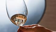澳大利亚出了一系列线上葡萄酒课程,希望让你更了解自己手里的这瓶澳洲酒