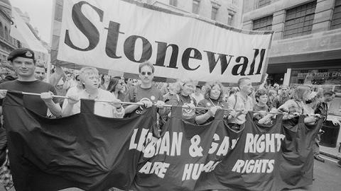 【石墙50年】石墙事情是同志权益运动的效果而非其初阶