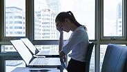 美国OPT实习计划申请遭积压,部分留学生失工作机会