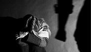 女子深夜遭殴打拖行,多地警方回应:未接到相关警情