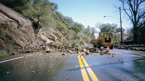 应急管理部:上半年各类自然灾害致336人死亡,地震活动较为活跃