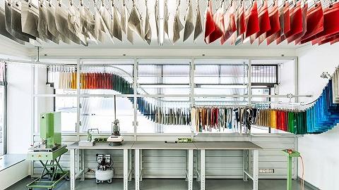 城市发现 | Freitag 在苏黎世开了一家可以自己做包的新店