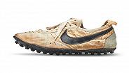 100双稀有运动鞋被拍卖,耐克月球鞋或拍出16万美元高价