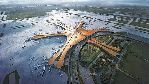 ?#26412;?#22823;兴国际机场举行通航前首次全流程仿真演练,6000余人参与